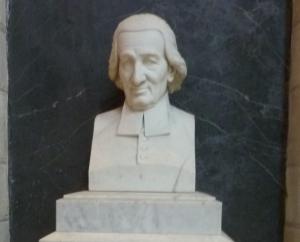Buste du curé Gruget Eglise de la Trinité