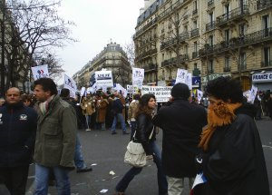 Manifestation antiraciste à Paris en 2006- Photo JLP