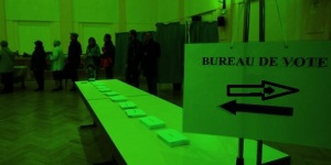 Un bureau de vote durable et insensé