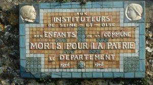 Plaque de Gometz-la-Ville sur la route de Janvry